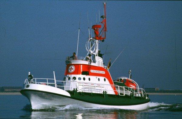"""Vostok aka """"Günther Kuchenbecker"""" in her heyday off Maasholm in July 1982."""
